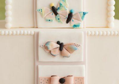 butterflies to bow design