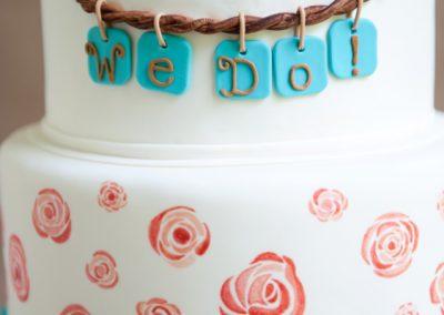 up close moose wedding cake